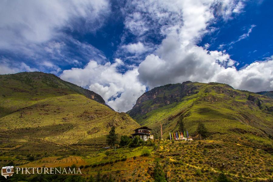 Taj Tashi Thimpu Bhutan on our way
