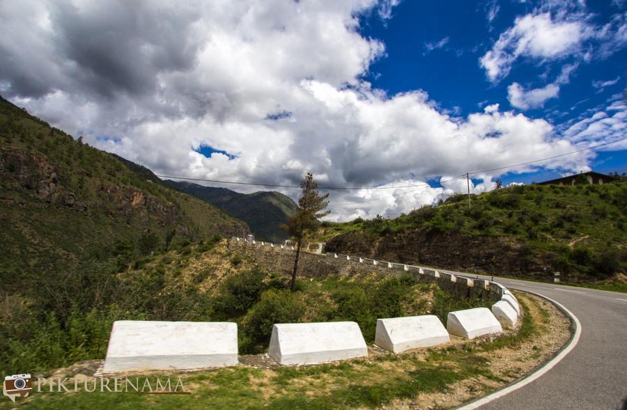 Taj Tashi Thimpu Bhutan view from vehicle