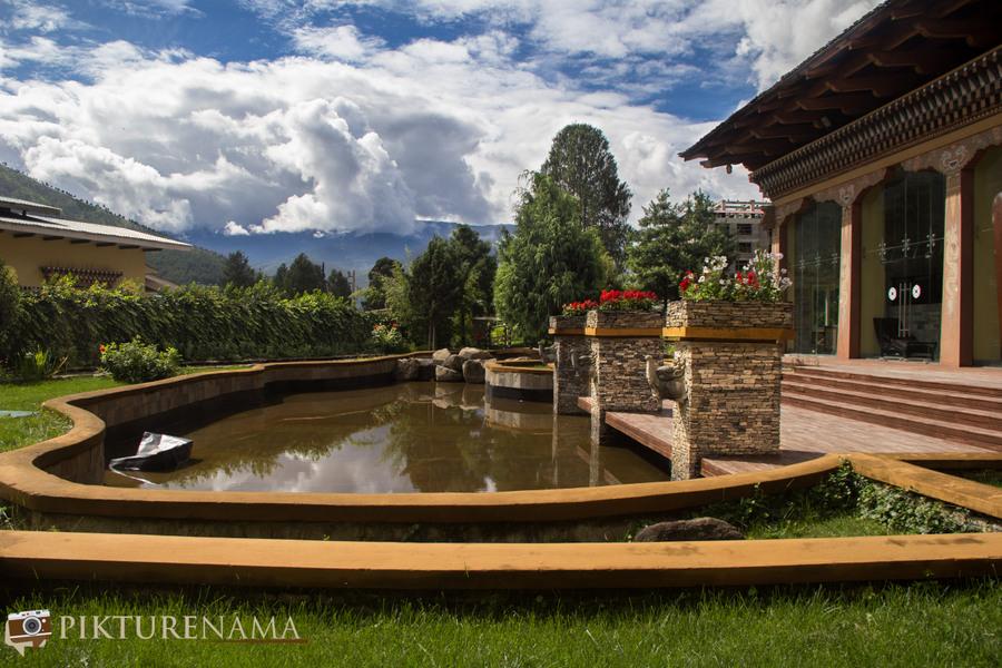 Taj Tashi Thimpu Bhutan water bodies