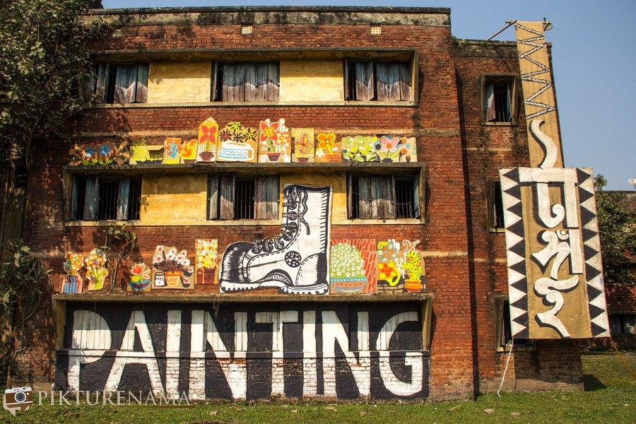 The Kolkata festival chalo painting tangai