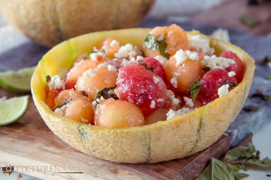 How to make frozen melon ball salad -2