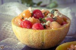 How to make frozen melon ball salad - 3