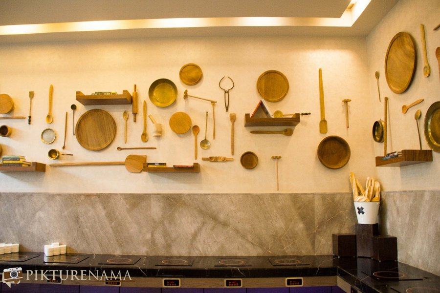 Vivanta Kolkata EM Bypass all day dining