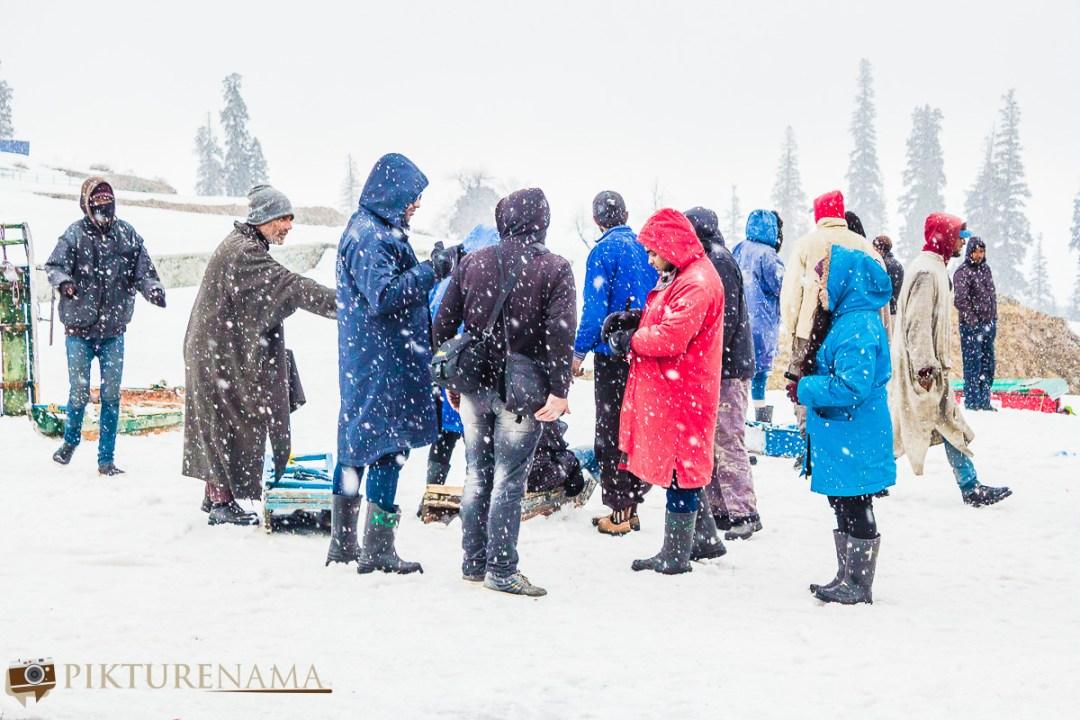 Gulmarg gondola ride snowstorm - 4