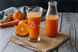 How to make orange carrot ginger smoothie - 1