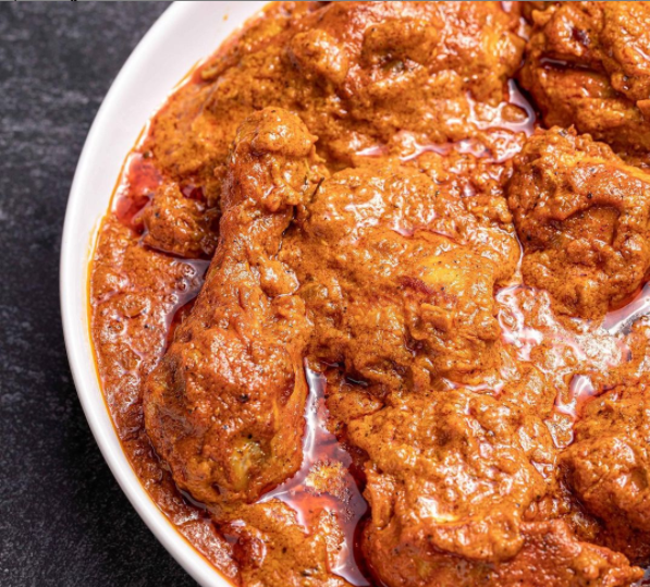 Thats the yummy chicken Tikka Masala at Curry Ghor