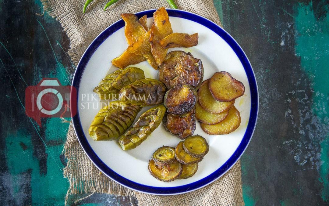 Panch Rokom Bhaja | Bengali Bhaja or Fried Vegetable Platter for Khichuri
