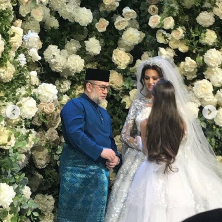 Oksana menikah dengan Sultan Malaysia