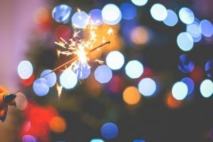 Freepik. Christmas Sparklers Fun. BY VIKTOR HANACEK