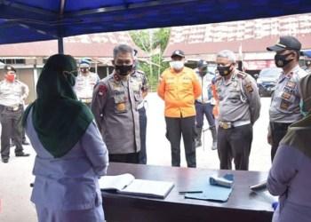 Kapolda Jambi Beserta Jajaran Saat Mengecek Posko Covid-19 di Perbatasan Kota Jambi dan Muaro Jambi