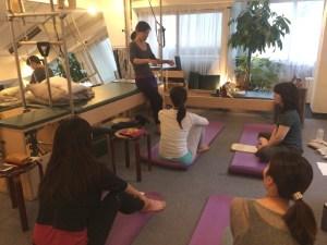 Trainer Studymeeting Pilates Yoga Instructor Fascia Breath hip joint Movement トレーナー 勉強会 ピラティス ヨガ インストラクター 筋膜 呼吸 股関節 ムーブメント