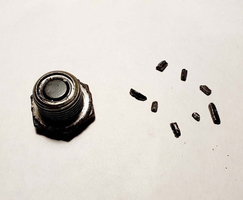 Mazda MX-5 Magnetic Oil Plug with Metal Fragments