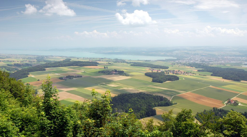 View over Lac de Neuchatel and Yverdon