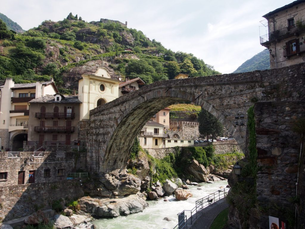 Ponte Romano, Pont St Martin