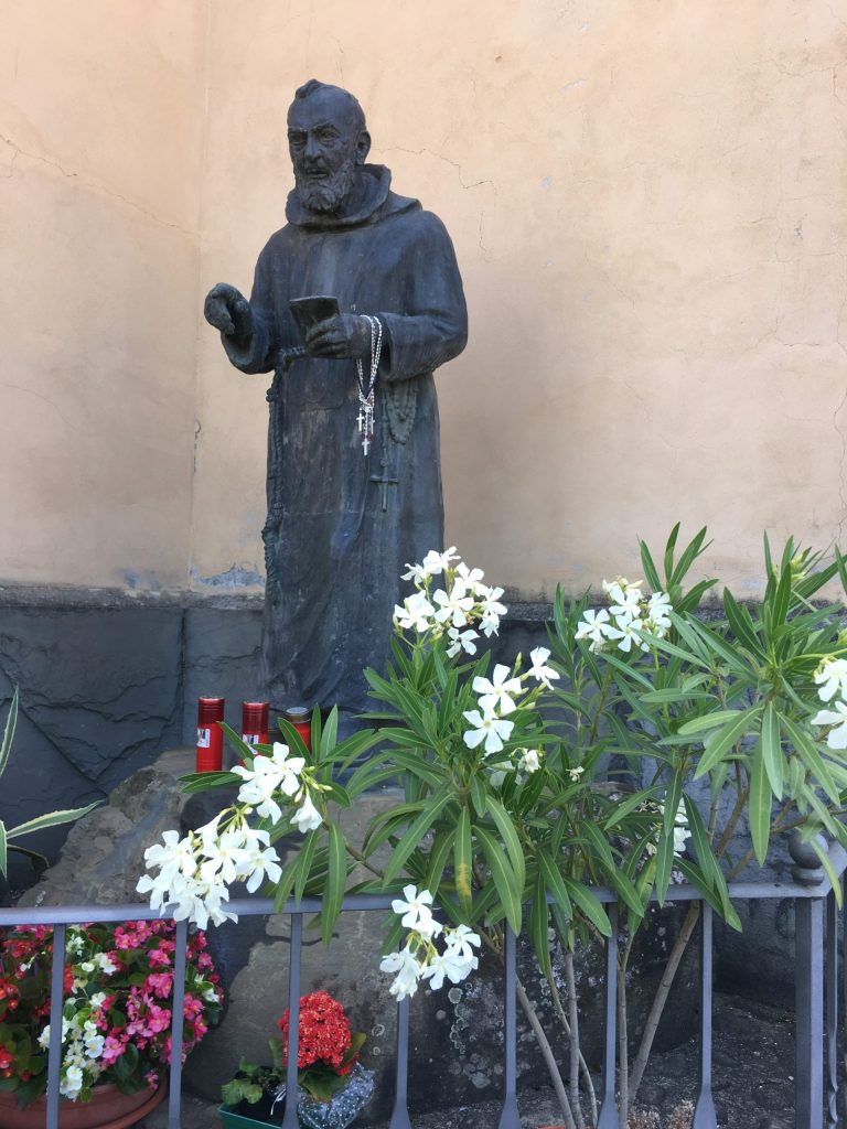 Padre Pio, Pontremoli