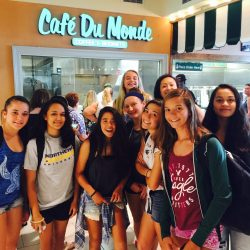 Pilipa'a girls at Cafe Du Monde in New Orleans