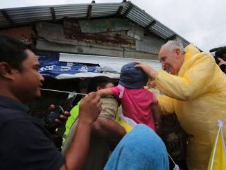 Pope Francis with Typhoon Yolanda families