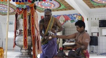 Irandaam Thiruvilaa (Iravu) - Mahotsavam 2014 (21)