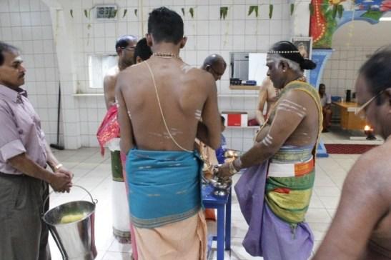 Irandaam Thiruvilaa (Iravu) - Mahotsavam 2014 (36)