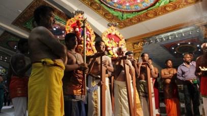 Moontraam Thiruvilaa (Iravu) - Mahotsavam 2014 (36)