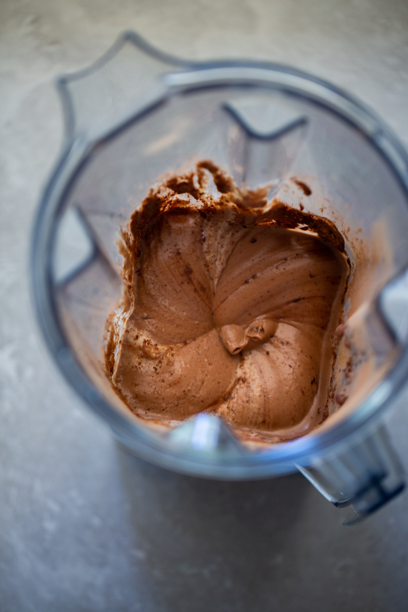 cashew chocolate mousse in the blender