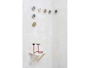 PWR4 |2013/2014 |plaster, glass, red wine |variable dimensions | Photo © Chiara Taddei