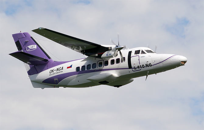 Самолет L 410