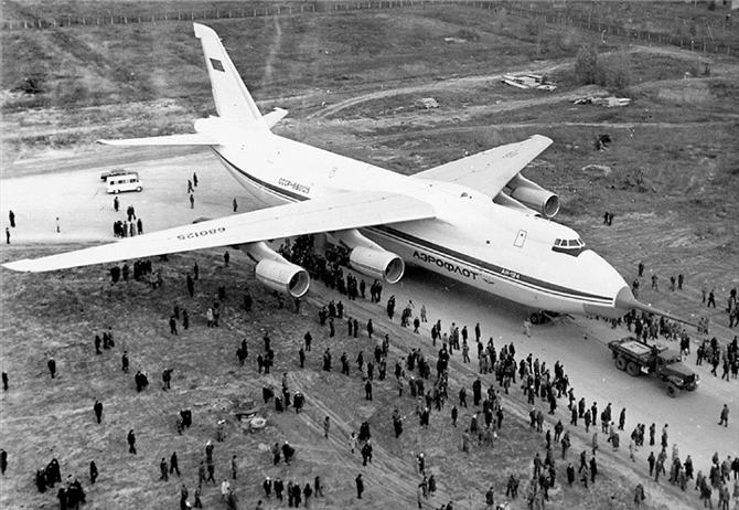 Ан-124 1982 фото