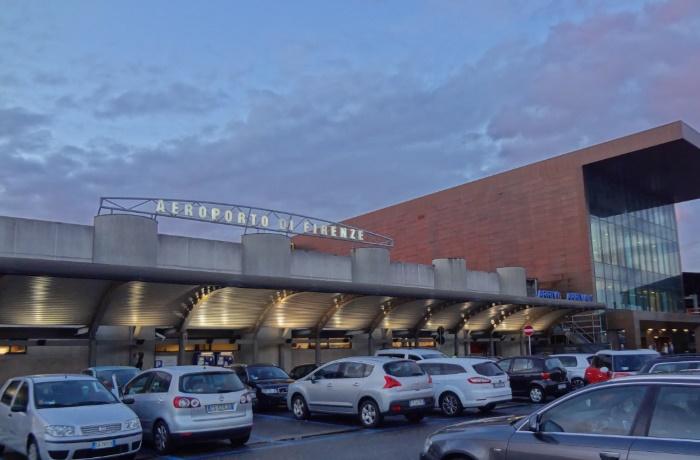 Америго Веспуччи аэропорт
