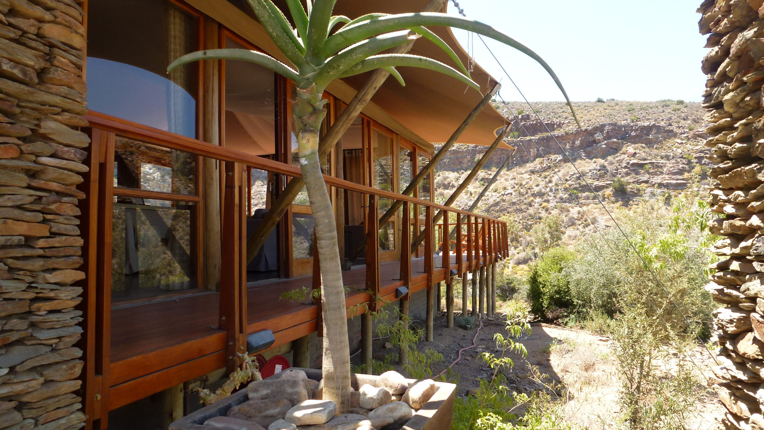 sanbona wildlife resort, safari, south africa, wilderness, tented lodge, jacuzzi, luxury travel
