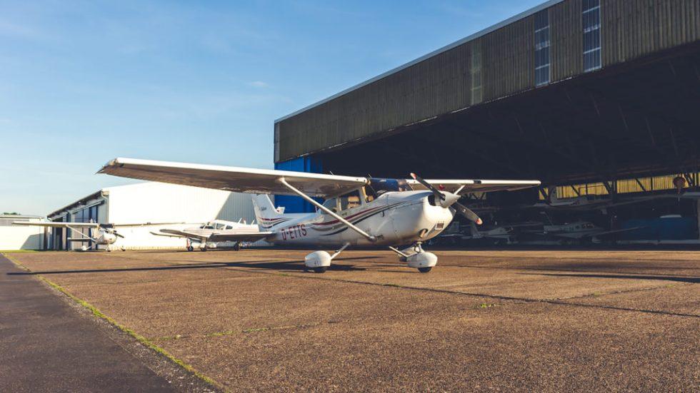 Flight sharing Cessna 172 wingly