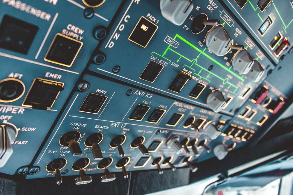 Airbus A320 Cockpit Overhead Panel