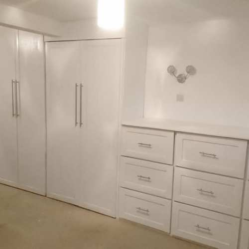 Built In Fitted Wardrobes.