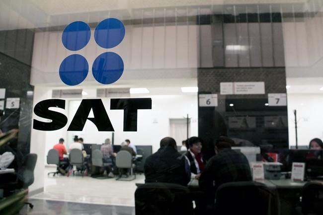 Modifican requisitos para que candidata propuesta por AMLO pueda ser titular del SAT