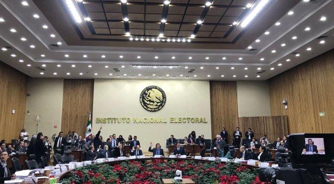 INE pide a PGR retirar video deAnaya