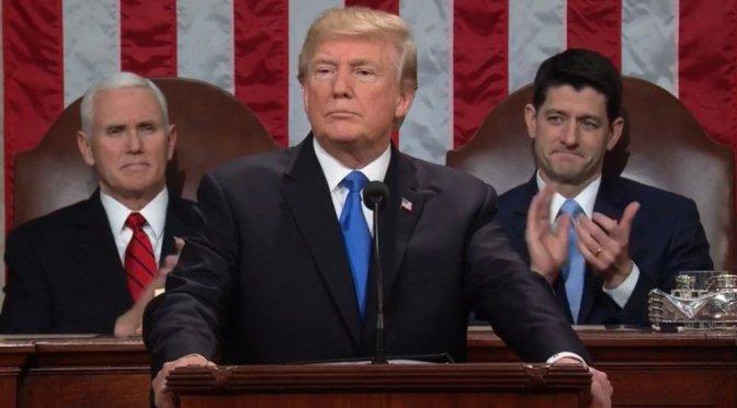 Autoriza Trump difusión de controversial memorando de inteligencia