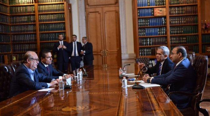 Navarrete Prida dialoga con gobernadores del PRD y del Verde