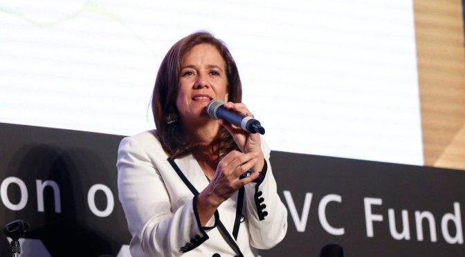 Representante de Margarita Zavala presenta denuncia por firmas simuladas