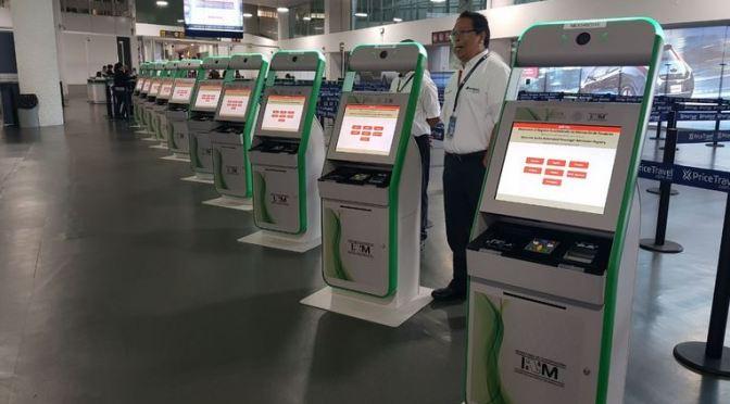 Kioskos migratorios reducen hasta 40 por ciento tiempo de trámites en aeropuerto