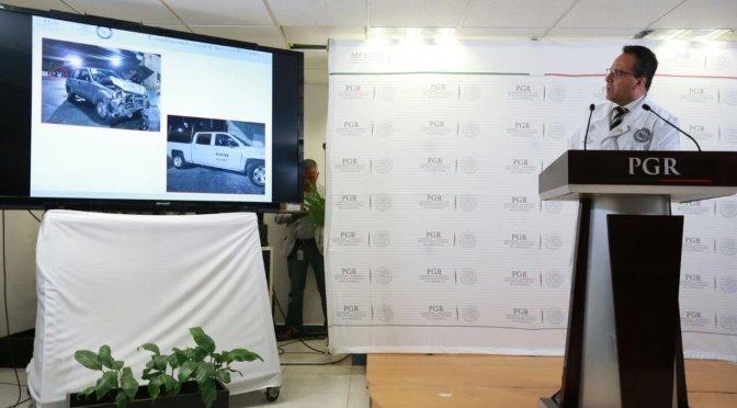 PGR explica afectación a vehículo con familia durante enfrentamiento