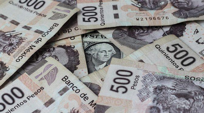 El peso inicia la sesión con una depreciación de 0.21% o 4.2 centavos