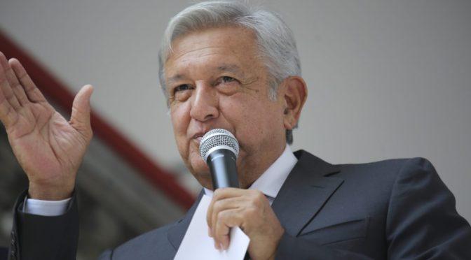 AMLO propone reducir 50% fondos de partidos para atender pandemia