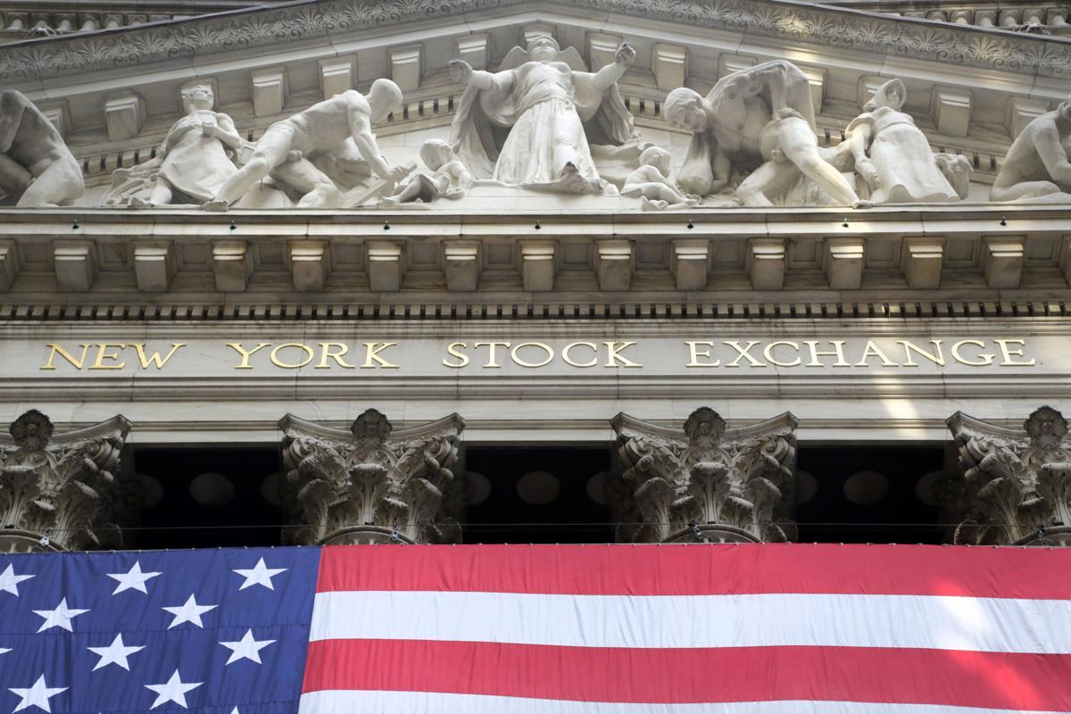 Wall Street cierra con fuertes pérdidas y el Dow Jones retrocede