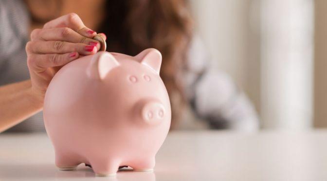 Mujeres vivirán más, pero recibirán una pensión menor