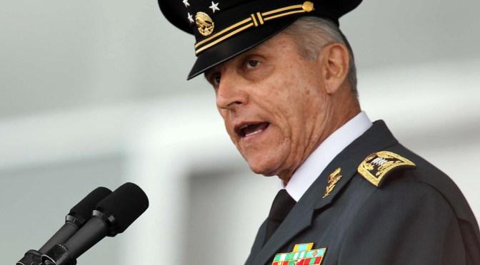Juez en EU niega libertad bajo fianza al general Cienfuegos