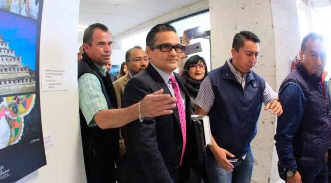 Congreso de Veracruz removió temporalmente al fiscal Jorge Winckler Ortiz