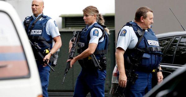 Reportan cuatro detenidos tras tiroteos en dos mezquitas de Nueva Zelanda