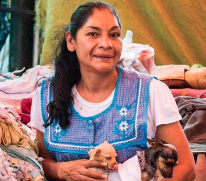 """Lourdes Ruiz, """"La Reina del Albur"""", fue la primera mujer ganadora del torneo de albur de la Ciudad de México, además de tallerista y difusora de la cultura popular del barrio de Tepito"""