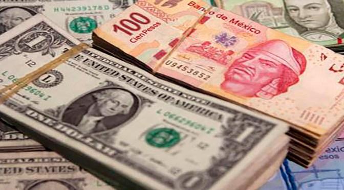 El peso inicia la sesión con una depreciación de 0.57% o 10.7 centavos
