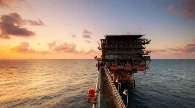 El precio del petróleo sufrió su mayor caída desde 1991